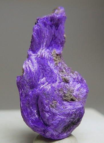 Камень Чароит натуральный