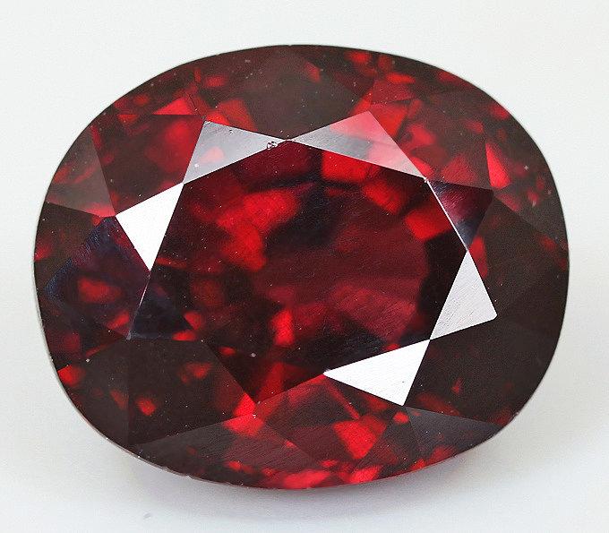 Натуральный рубин камень