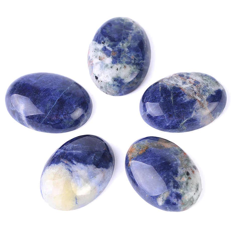Камень содалит натуральны