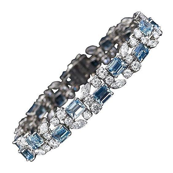 Серебряное кольцо с топазом натуральным