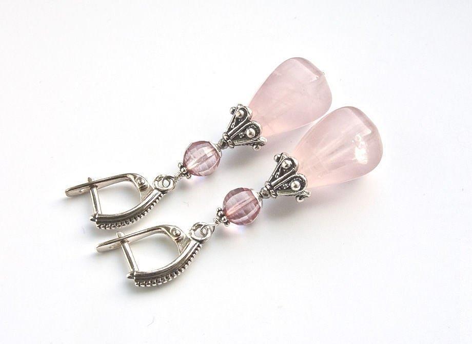 Серьги с нежным розовым кварцем