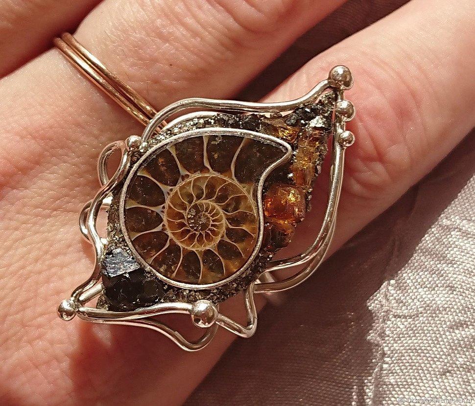 Кольца с аммонитами в серебре